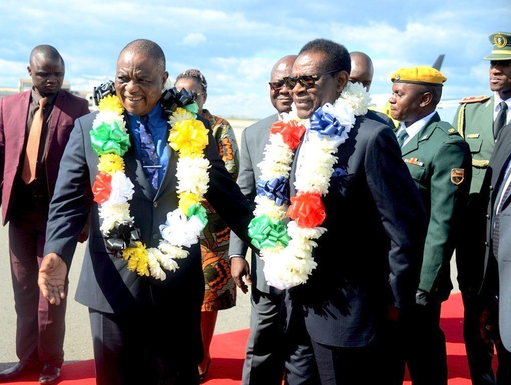 Llegada del Jefe de Estado a Zimbabwe