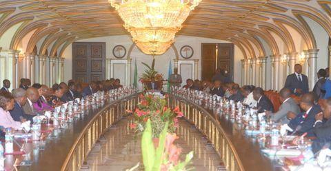 El Consejo de Ministros estudia los acuerdos de cooperación con Chad