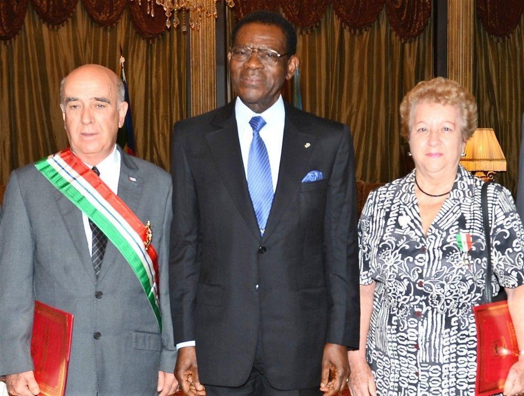 Homenaje presidencial al ex Embajador de Cuba