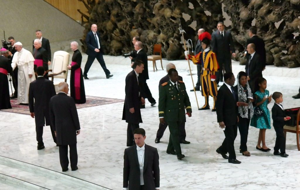 S. S. el Papa Francisco envía una bendición para Guinea Ecuatorial