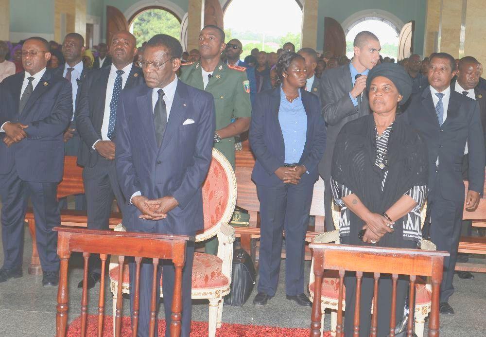 El Presidente en el funeral de Carmelo Nvono-Nca