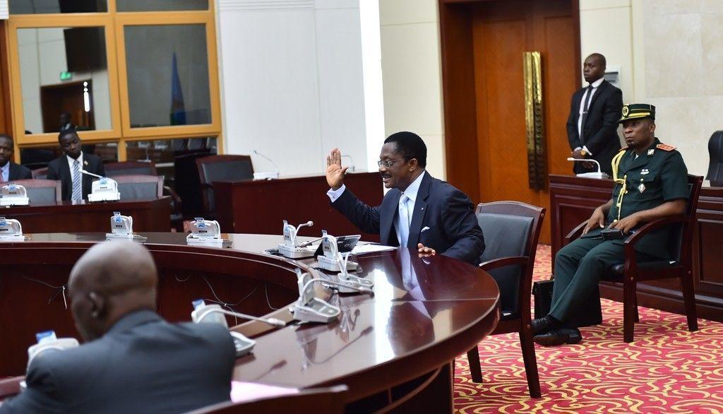 Reunión del Primer Ministro con la Comisión de Verificación del Doble Empleo