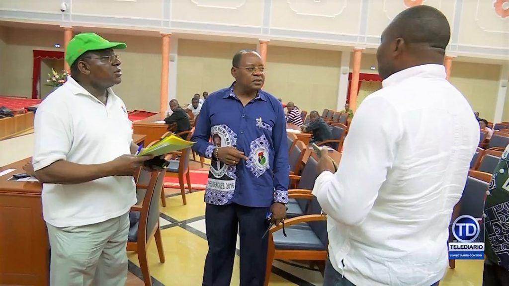 El Secretario General del PDGE supervisa los primeros trabajos en Ngolo
