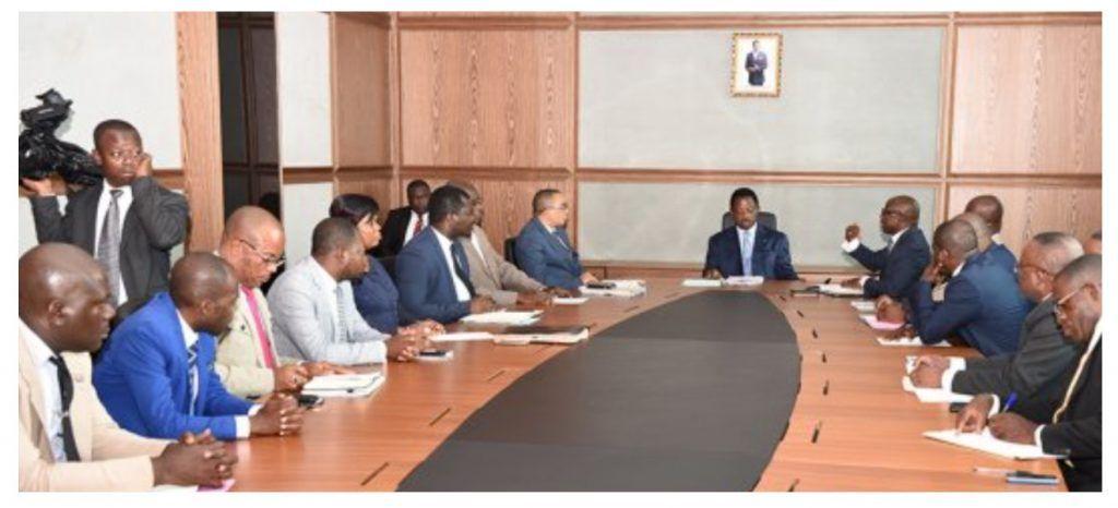 Reunión del Primer Ministro con el Departamento de Comercio