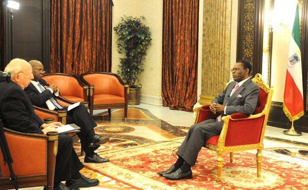 Entrevista de East West Communications  con el Jefe del Estado