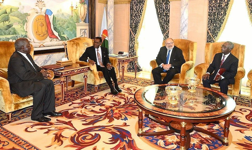 Recién llegado de las Naciones Unidas, el Presidente continúa con su agenda de reuniones y viajes