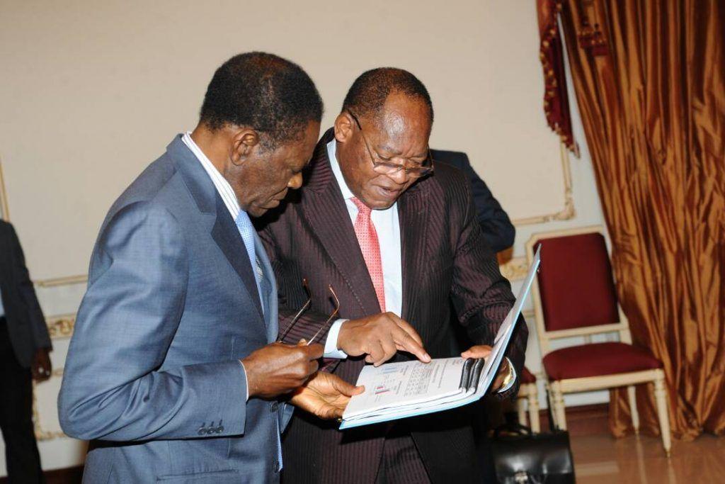 El Jefe de Estado recibe los resultados definitivos del Censo Electoral
