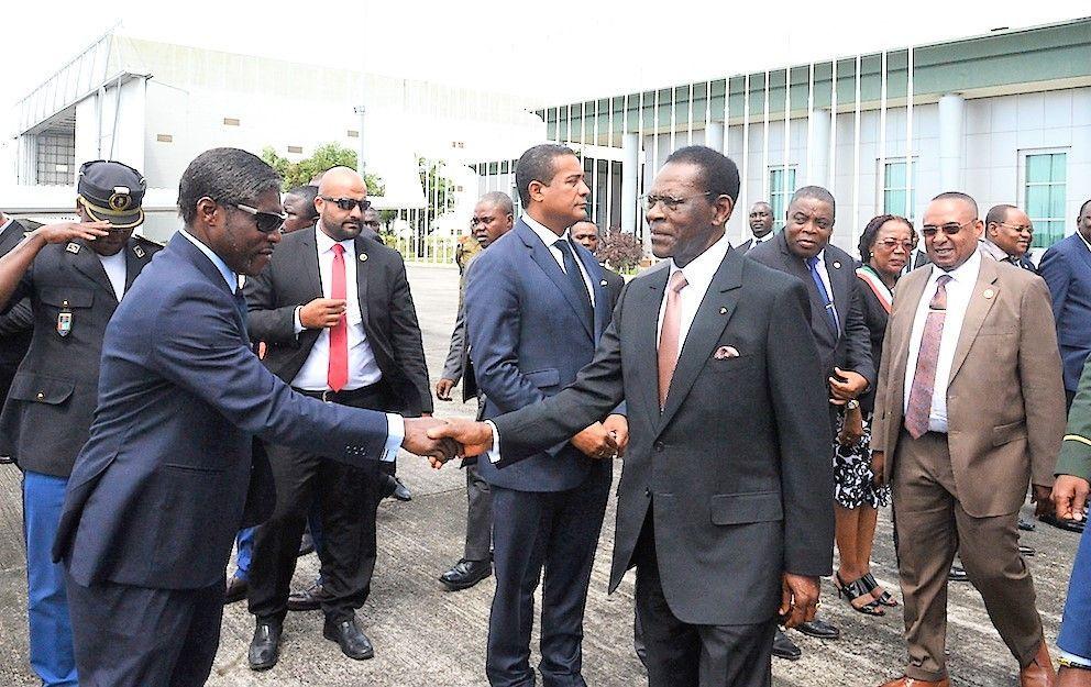 Despedida del Presidente en el Aeropuerto Internacional de Malabo