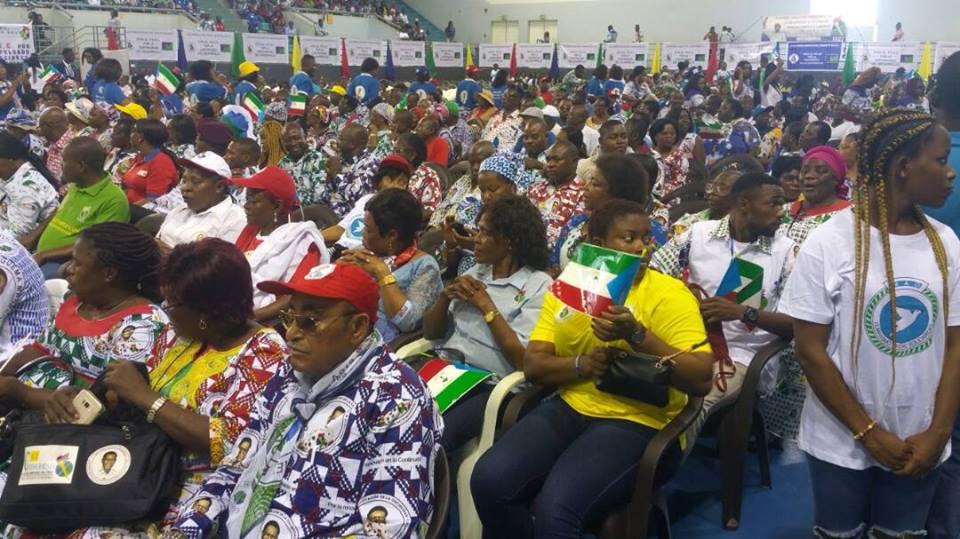 Lleno total y un ambiente de fiesta en la apertura de la campaña electoral del Partido Democrático de Guinea Ecuatorial