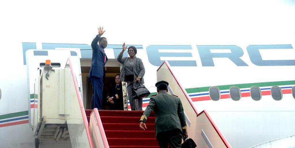 Viaje oficial del Jefe de Estado a Bolivia para participar en el Foro de Exportadores de Gas