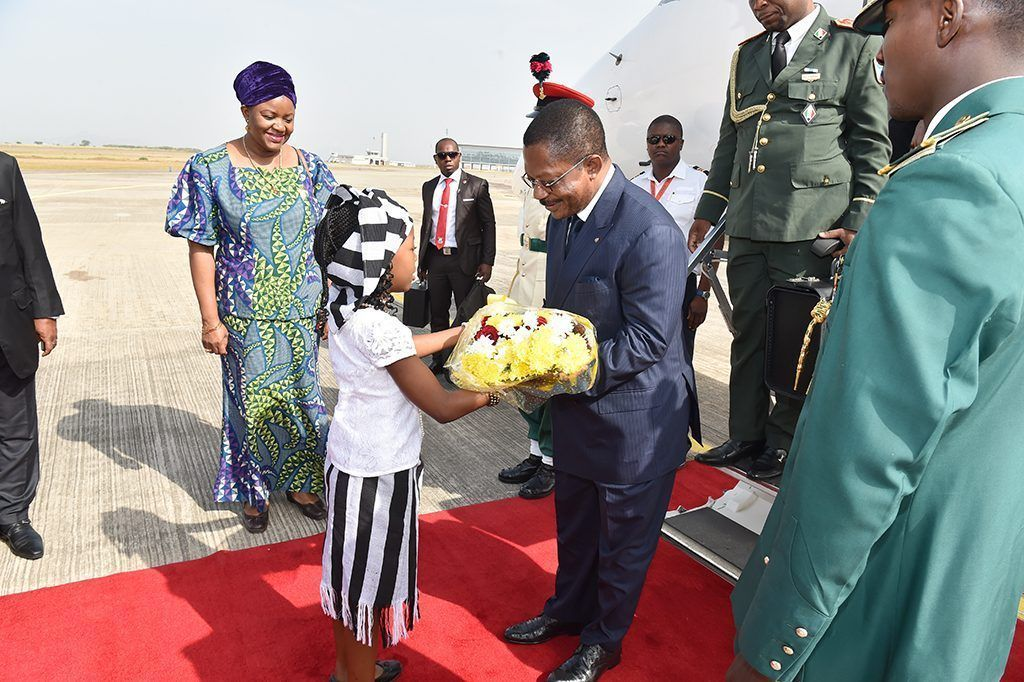Obama Asue acude a la IV Cumbre de jefes de Estado y de Gobierno del Golfo de Guinea
