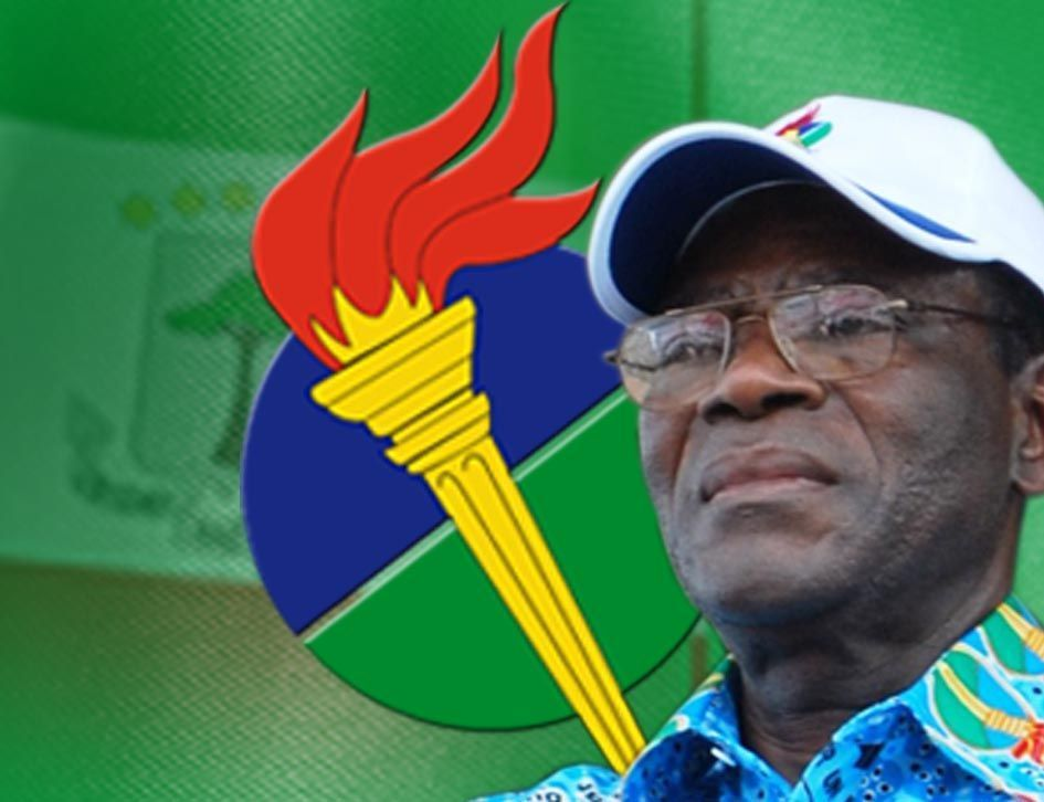 El Presidente Fundador felicita a la militancia del PDGE por condenar masivamente la intentona de golpe de Estado