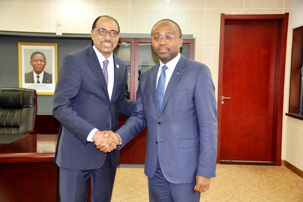 Los Ministros de Sanidad y Exteriores se reúnen con el Director de ONUSIDA