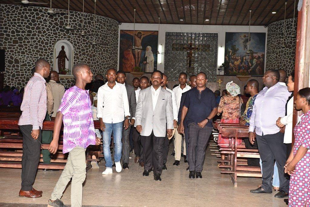 Los nuevos miembros del Ejecutivo asisten a una misa de acción de gracias