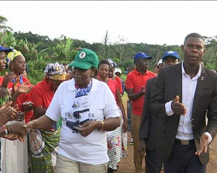 La Presidenta del Consejo Distrital de Akonibe comienza su gira