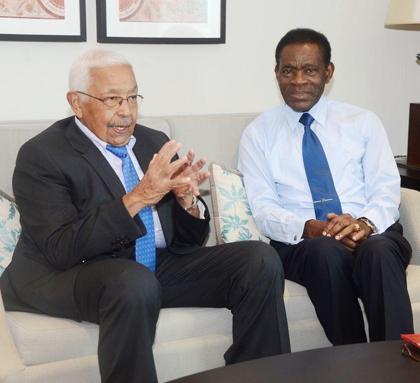 El ex Jefe de Estado caboverdiano recibe al Presidente Obiang Nguema Mbasogo