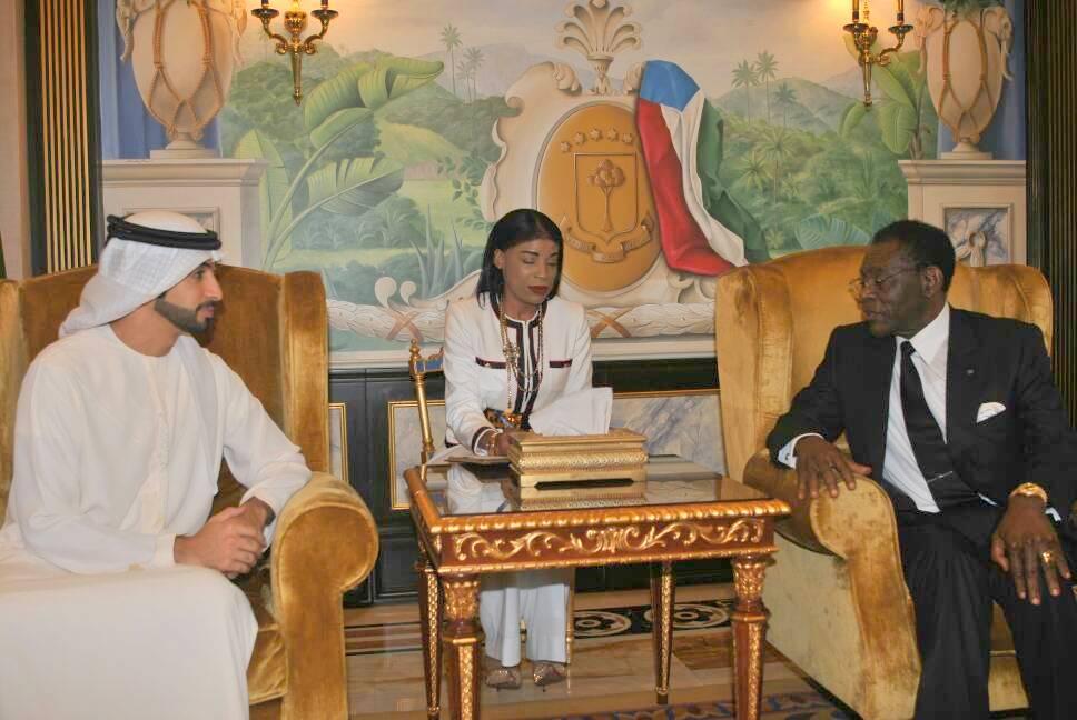 El Jefe de Estado recibe a una delegación de Dubái