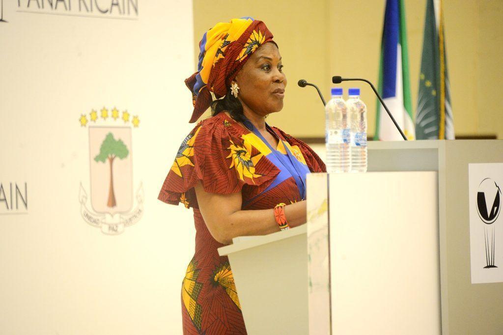 La Primera Dama recibe el Premio al Mérito Panafricano