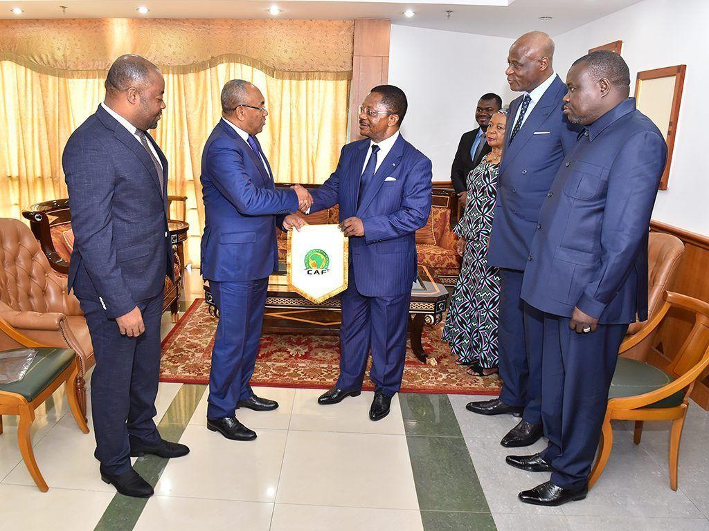 El Presidente de la CAF visita al Primer Ministro