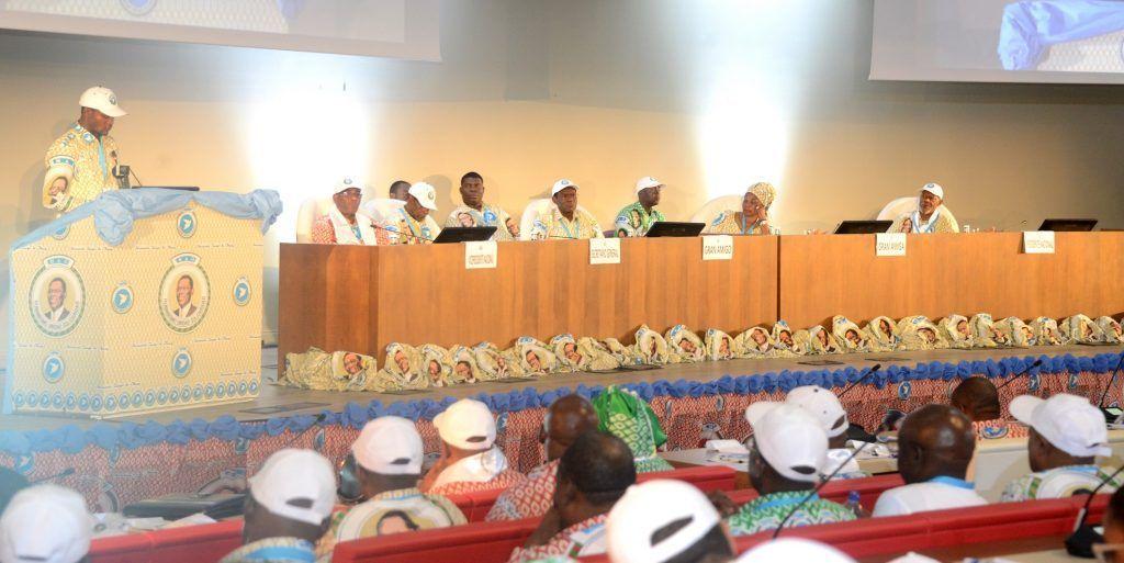 Tras las donaciones voluntarias se han retomado las mociones en el tercer día del Fórum MAO
