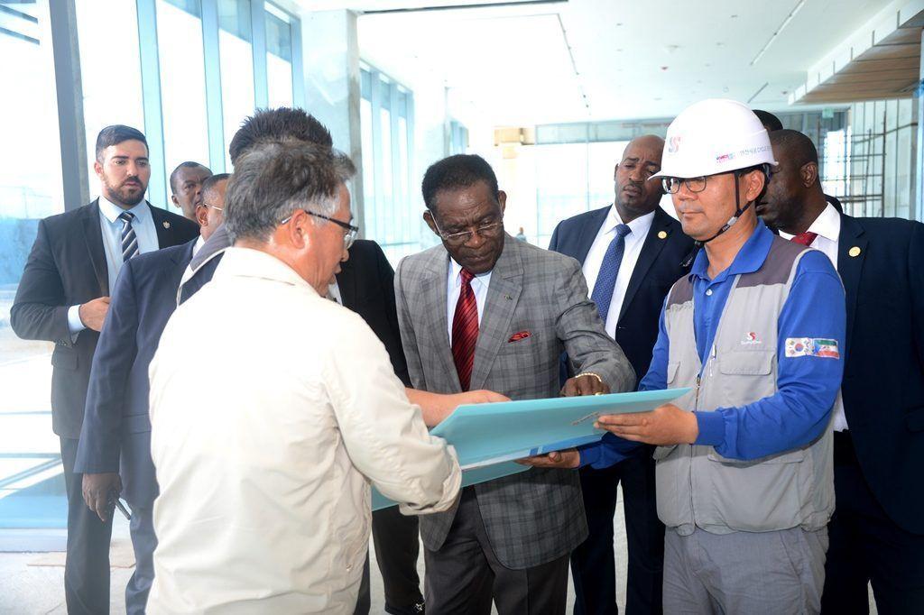 Visitas presidenciales a nuevas obras en Mongomo
