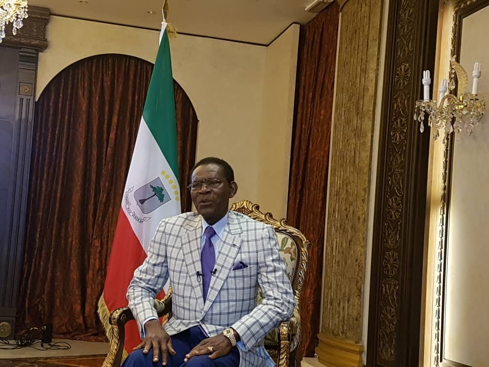 El Presidente de la República concede una entrevista a la productora Dieciséis Novenos