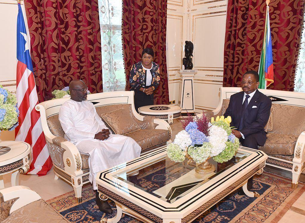El Primer Ministro despide a los mandatarios invitados a la celebración del 50º Aniversario