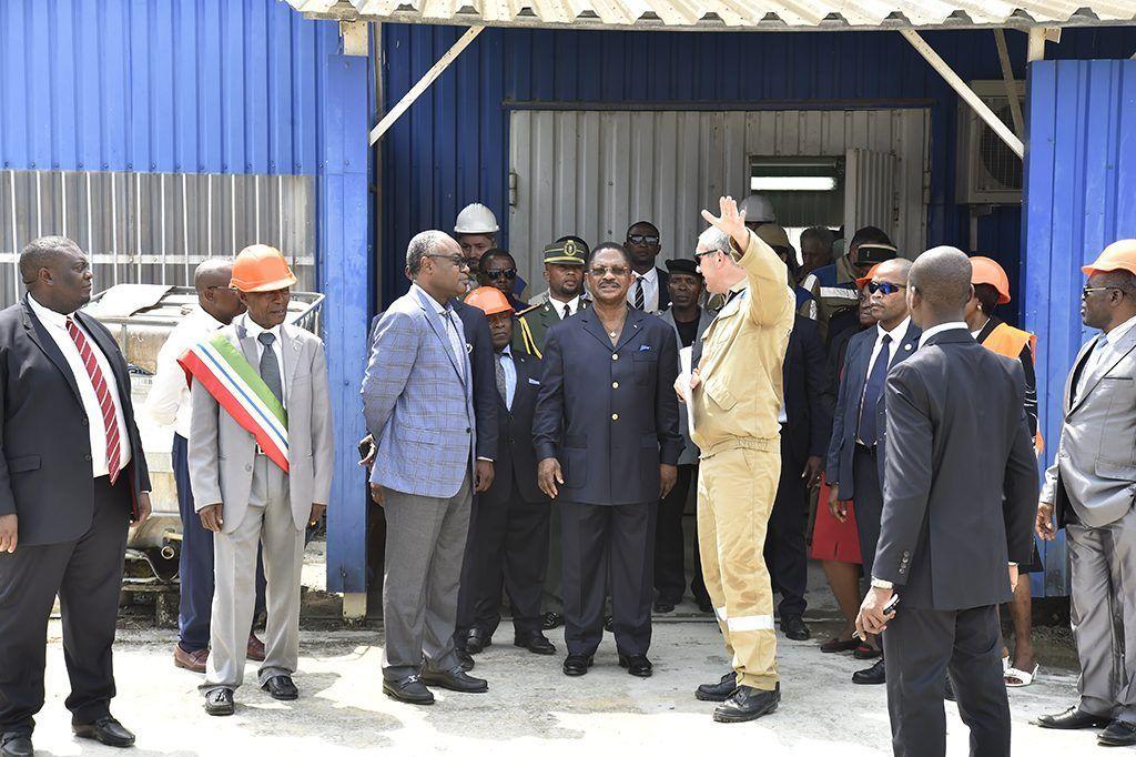 El Primer Ministro visita los trabajos de construcción de la central de Sendje
