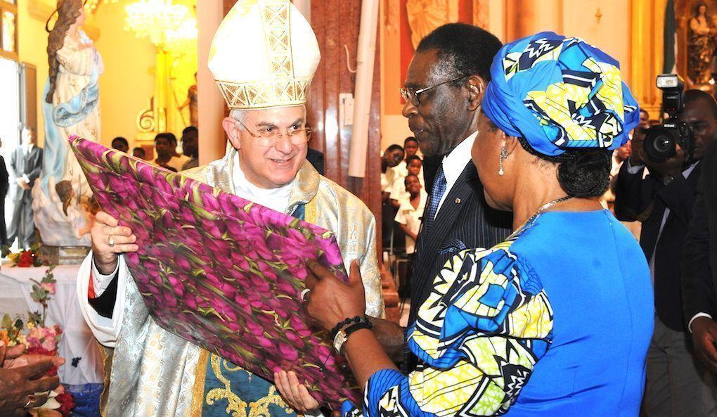 El Nuncio del Papa Francisco celebra la misa de la Inmaculada Concepción