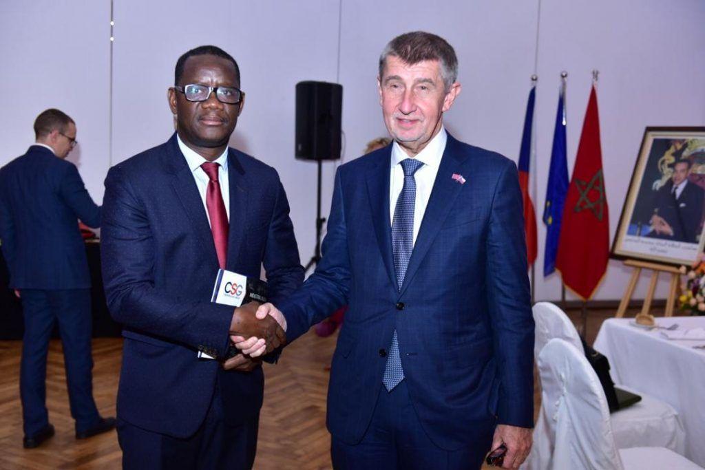 El Embajador en Marruecos se entrevista con el Primer Ministro checo
