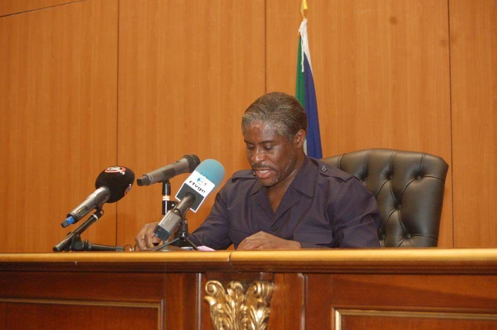 El Vicepresidente anuncia la implementación de la prueba de la alcoholemia