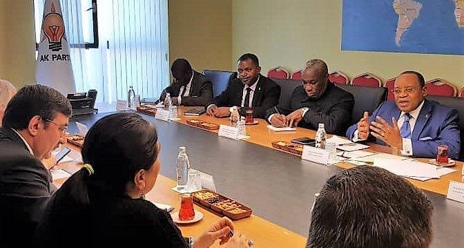 El AK Party de Turquía y el Partido Democrático de Guinea Ecuatorial trabajan para incrementar su cooperación