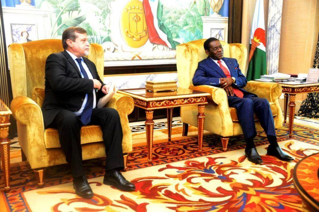 El Presidente recibe al Embajador de la Federación de Rusia