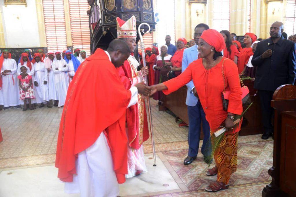 La Pareja Presidencial acude a la Misa del Domingo de Ramos