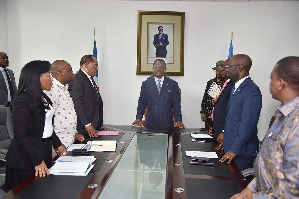 El Primer Ministro dirige una reunión preparatoria de la III Conferencia Económica Nacional