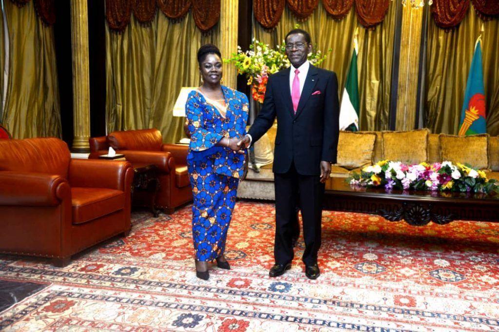Presentación de cartas credenciales de los embajadores de Chad, EE.UU. y la República del Congo ante el Presidente