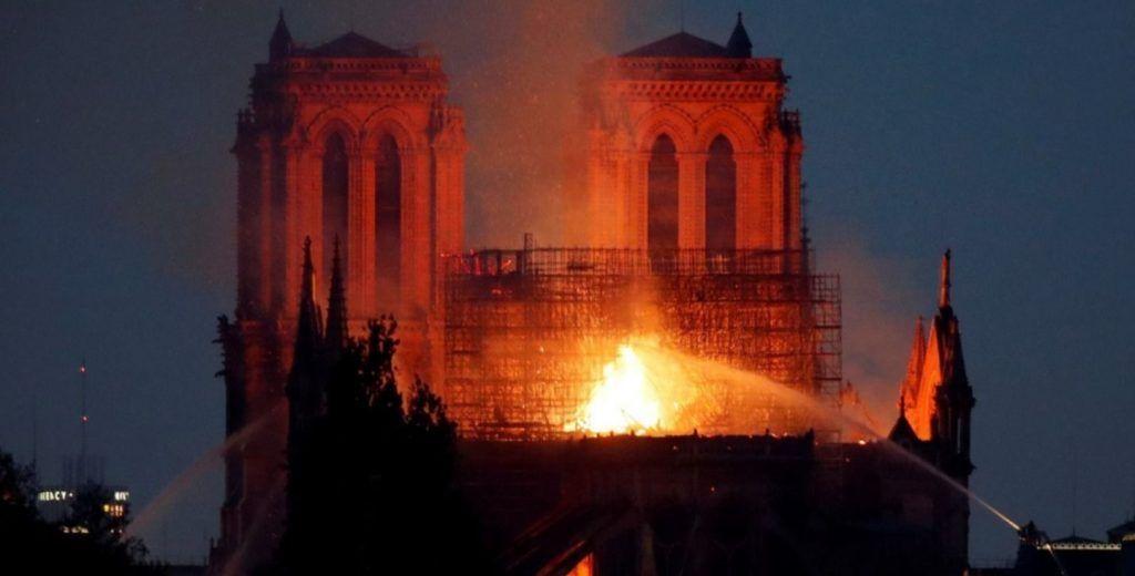 El Presidente envía un mensaje de solidaridad por el incendio de Notre Dame