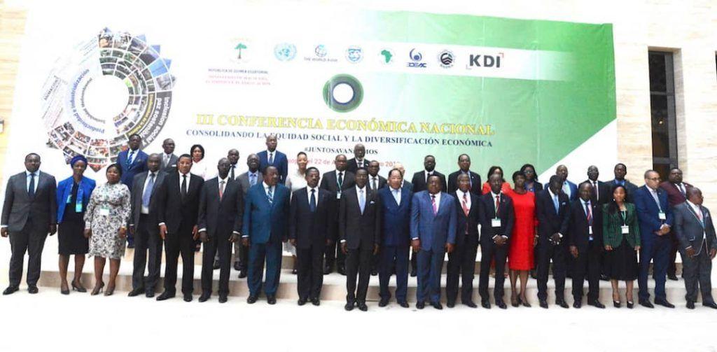 El Presidente de la República apertura la Tercera Conferencia Económica Nacional