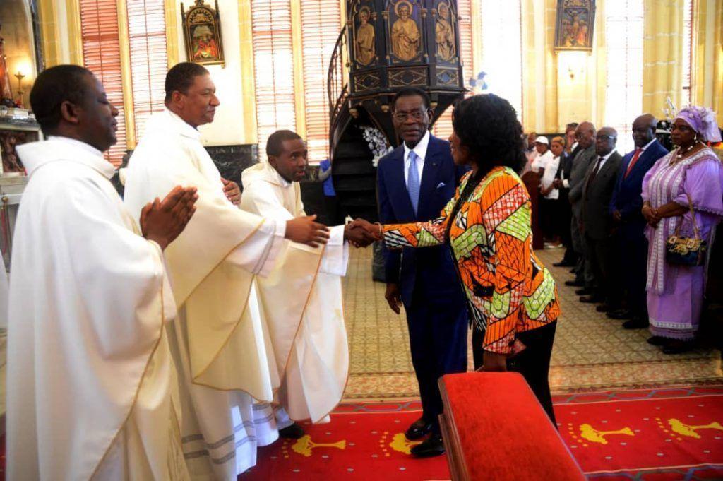 La pareja presidencial asiste a la misa de San José Obrero, Día del Trabajo