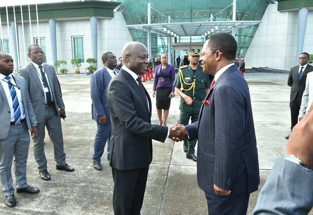 El Primer Ministro despide a los Presidentes de Guinea Bissau y Mauritania