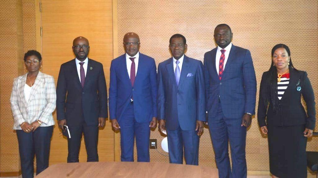 El Jefe de Estado recibe a una delegación del Banco Mundial