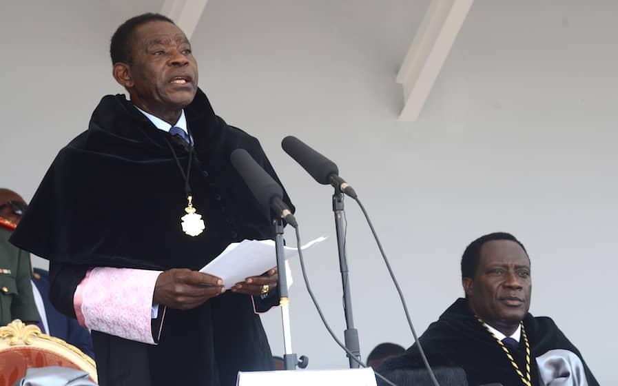 El Jefe de Estado preside la graduación de 1322 egresados de la UNGE