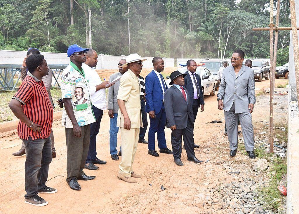 Visitas de inspección del Primer Ministro en la Región Continental