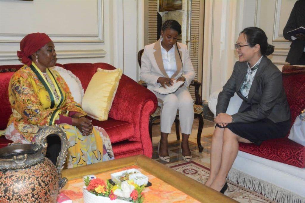 La Primera Dama recibe a la nueva embajadora china