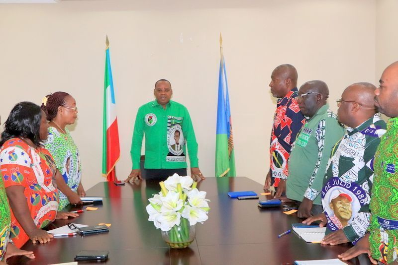 El Secretario General del PDGE se reúne con los responsables del partido en la Región Insular