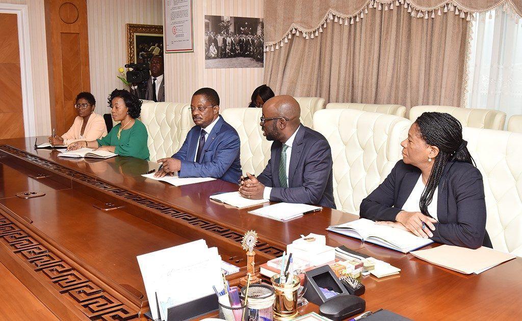 Encuentro del Primer Ministro con una delegación del FMI