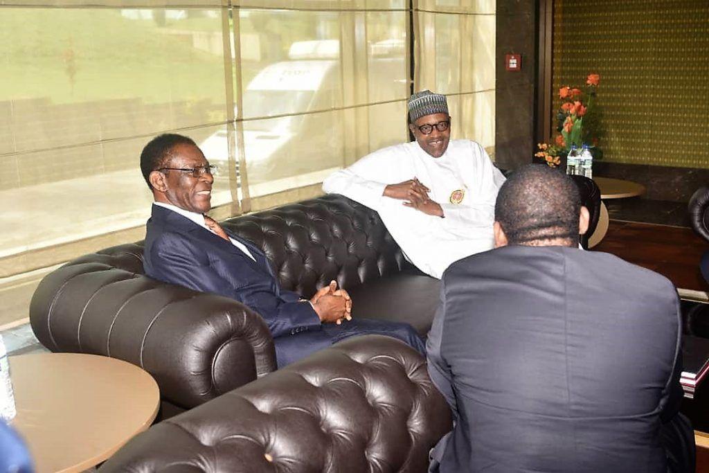El Jefe de Estado recibe a su homólogo de Nigeria en la V Cumbre del GECF