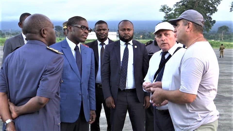Nguema Obiang Mangue continúa con las visitas de inspección a las FAS