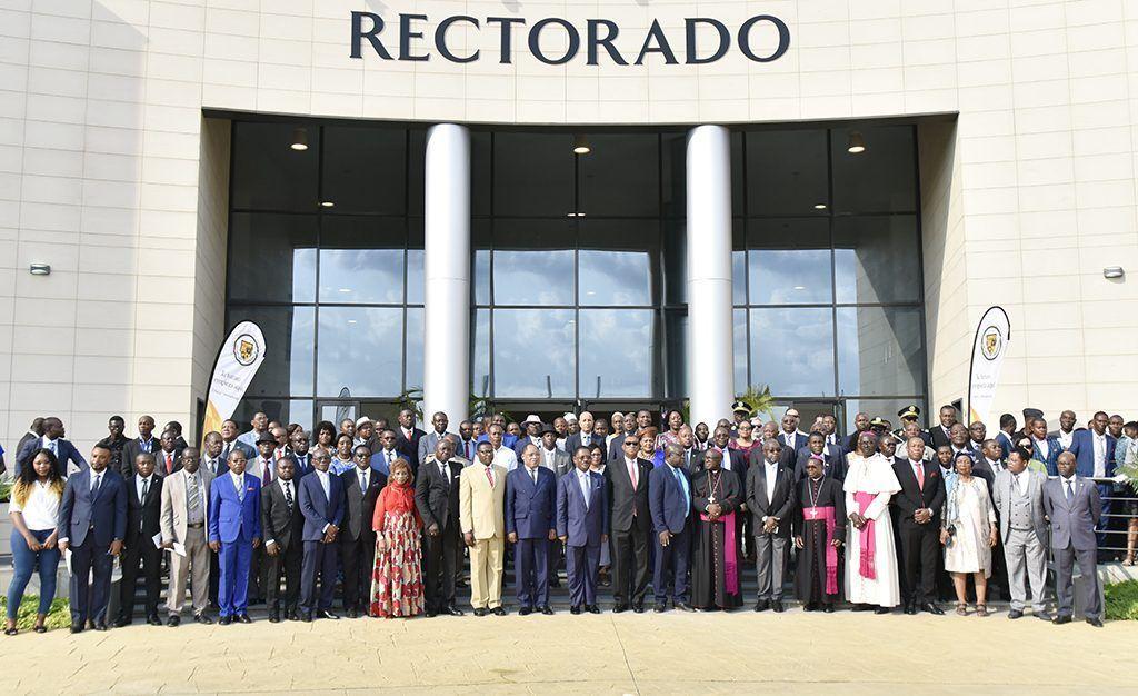 El Primer Ministro preside la apertura del curso de la Universidad Afroamericana de África Central