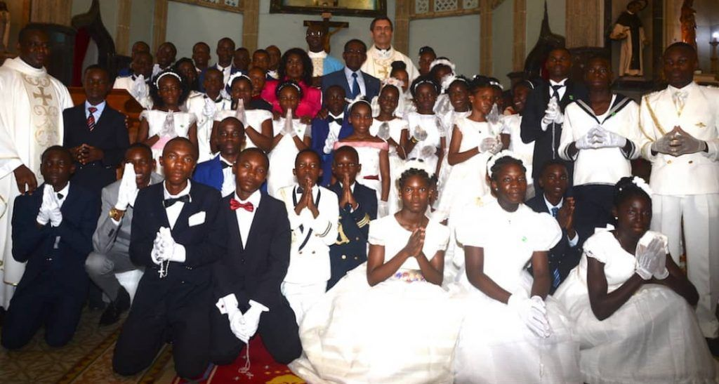 La pareja presidencial en la misa de la inmaculada (7)